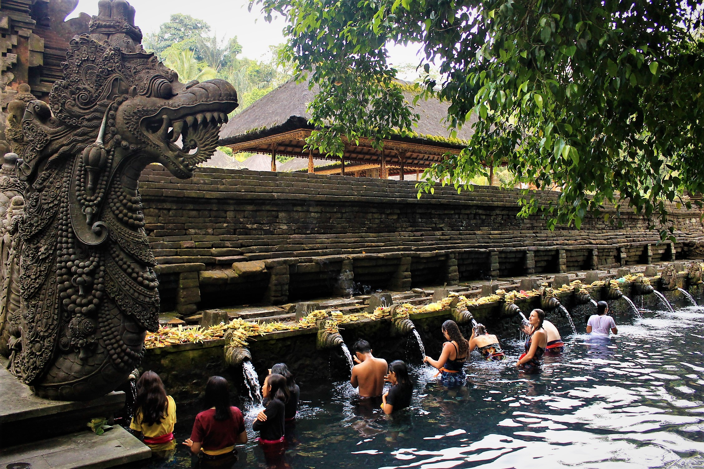 tirta-empul-holy-water-temple-bali-indonesia