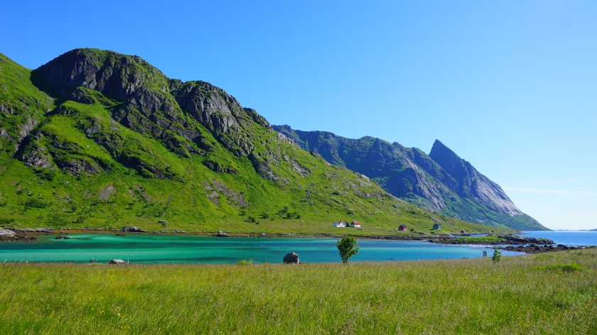 Bunes Beach Lofoten Norway.jpg