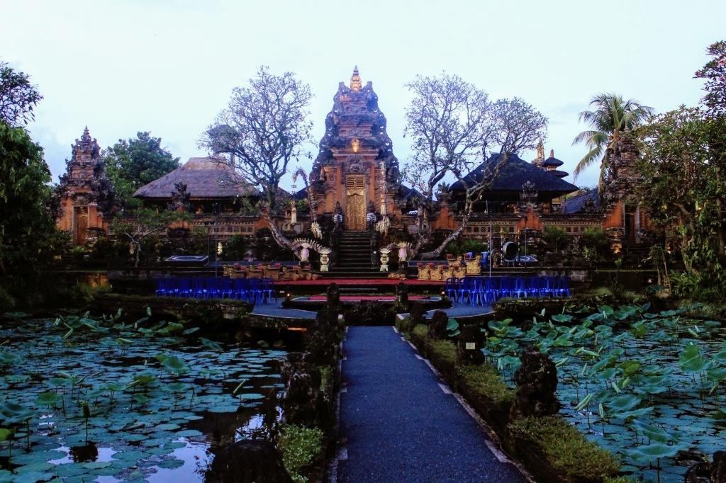 Pura Saraswati Temple - Ubud Bali
