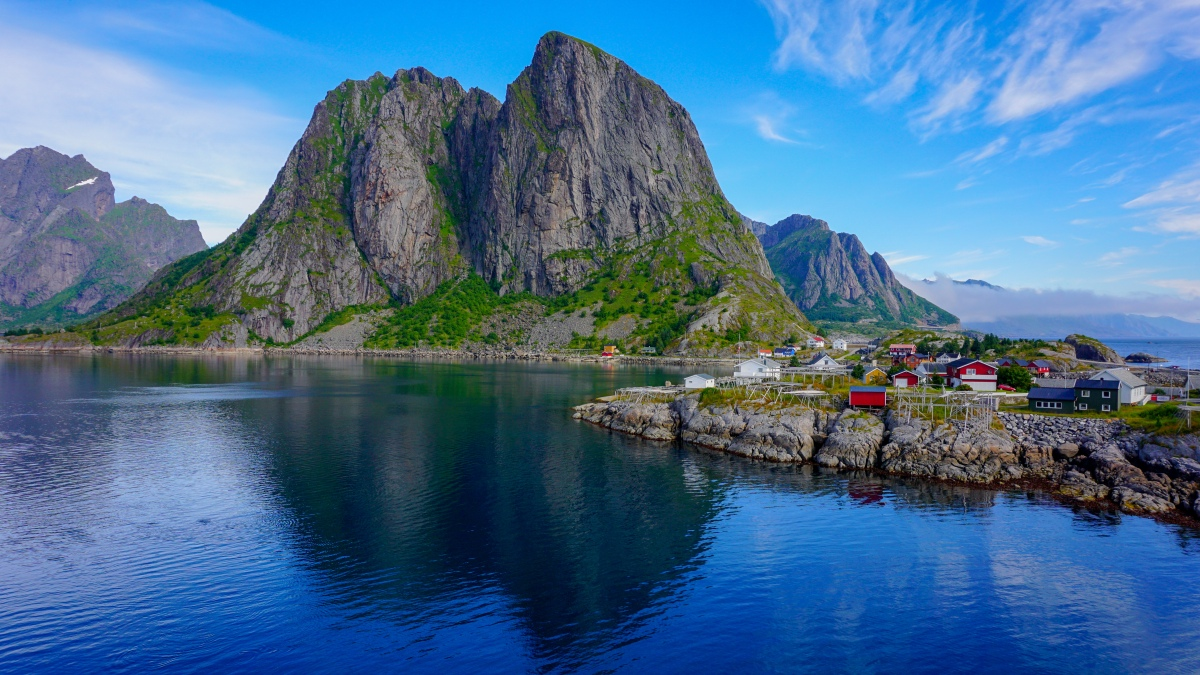 Lofoten: Nordic Paradise for Outdoor Adventures